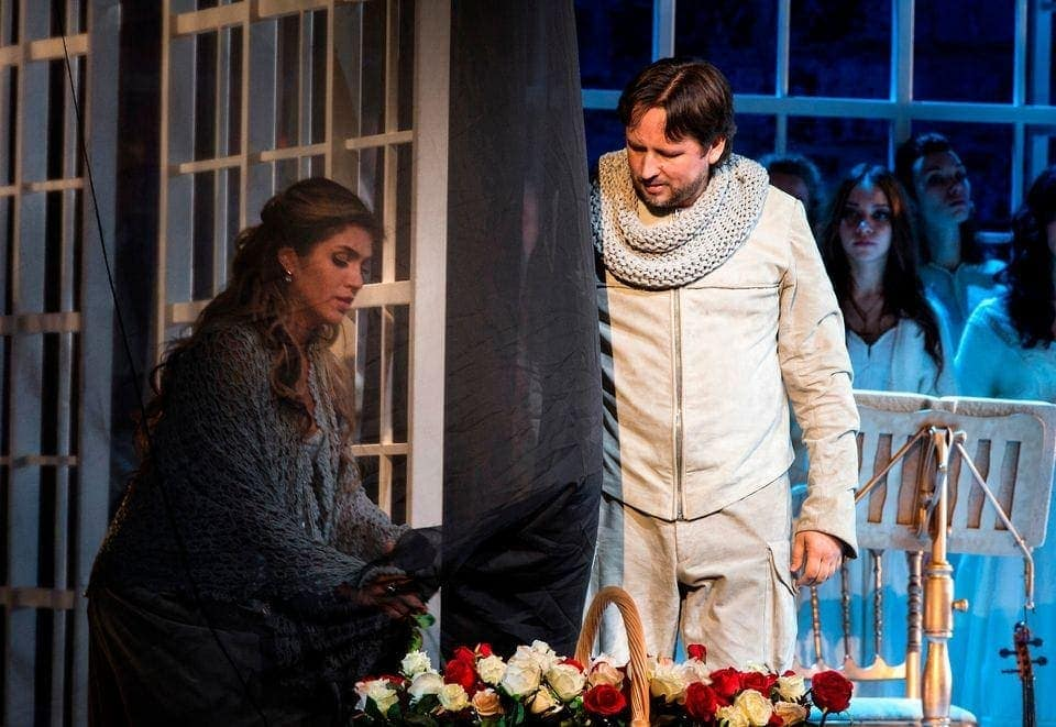Екатерина Морозова (Иоланта) и Олег Долгов (Водемон). Фото - Hannu Luostarinen