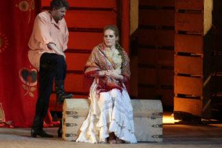 Эва-Мария Вестбрук в партии Катерины Измайловой вдохнула свежее звучание в старый спектакль. Фото - Natasha Razina / Mariinsky Theatre
