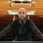 Продавец бананов хочет отобрать Екатеринбургский театр оперы и балета