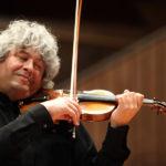Легендарные «Времена года» впервые представит на Приморской сцене известный скрипач и дирижёр Лоренц-Настурика Гершовичи