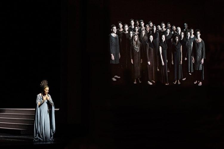 Анна Нетребко дебютировала в «Аиде». Фото - Monika Rittershaus/ Salzburger Festspiele