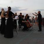 """Артисты фестиваля """"Опера в Херсонесе"""" провели открытую репетицию на набережной Севастополя. Фото - Андрей Мединский/ТАСС"""