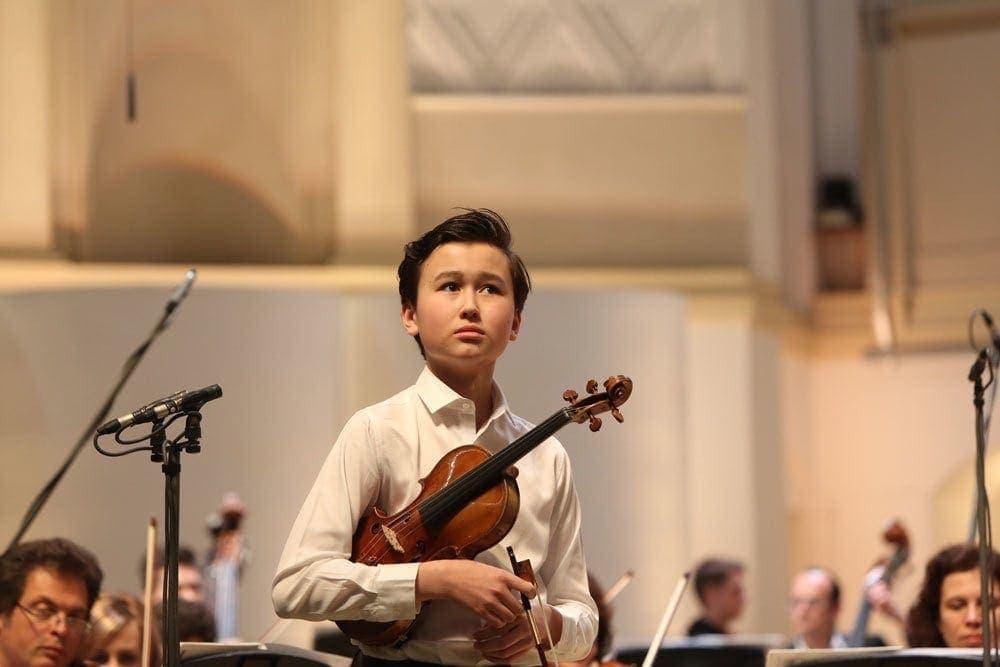 Даниэль Лозакович: Когда я первый раз в жизни увидел скрипку, то сразу в нее влюбился. Фото - Verbier Festival