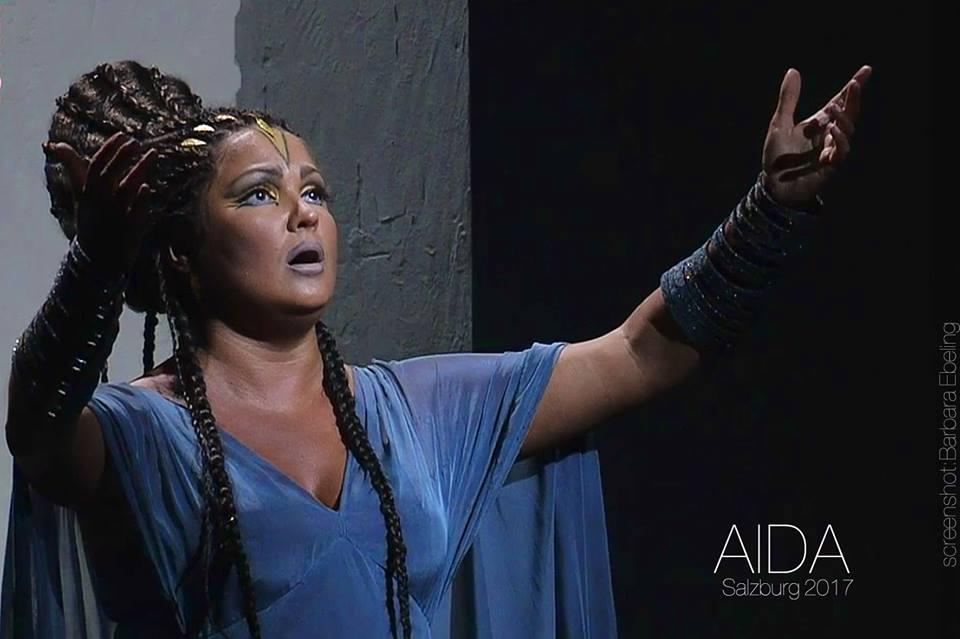 Анна Нетребко в роли Аиды. Фото - Barbara Ebeling