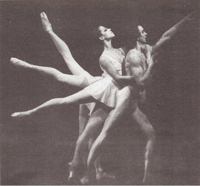 Я родился в Санкт-Петербурге, закончил балетную школу, получил музыкальное образование, уехал в Европу в труппу Сергея Дягилева. Потом переехал в Америку открывать там свою балетную школу. Сейчас считается, что я создатель американского балета, ровно как и нового стиля