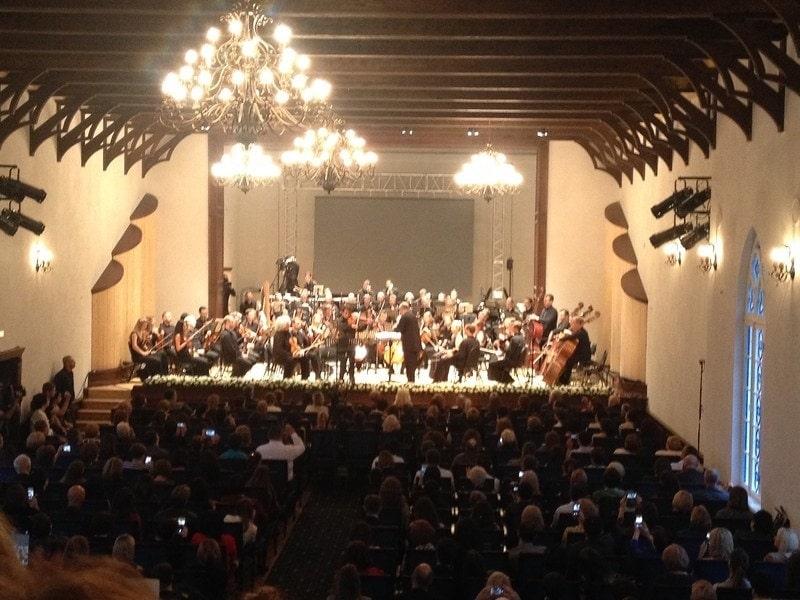Во Владикавказе состоялся совместный концерт Юрия Башмета и Симфонического оркестра Мариинского театра