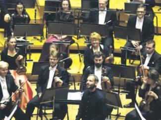 Дима Слободенюк уже два года является главным дирижером оркестра «Симфония Лахти». Фото - пресс-служба фестиваля