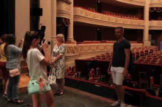 В Саратовском театре оперы и балета дают возможность увидеть закулисье