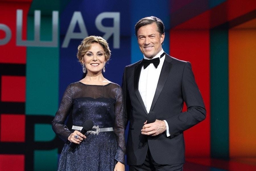 Ведущие Большой оперы Сати Спивакова и Андрейс Жагарс