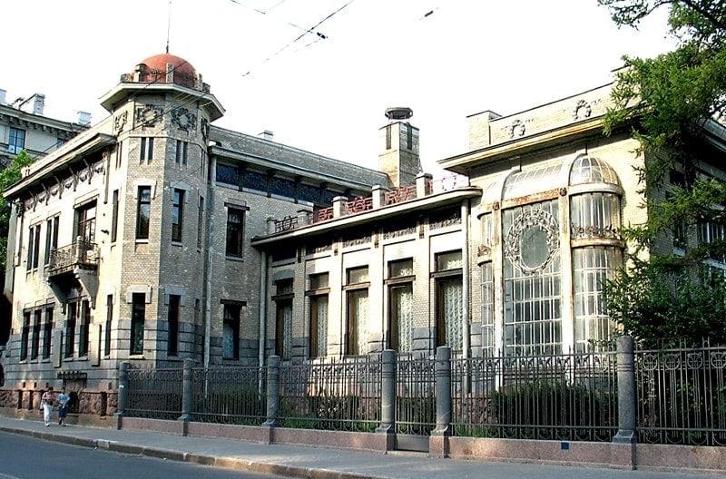 Особняк Кшесинской в Петербурге. Сейчас в здании располагается Музей политической истории России