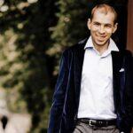 Андрей Коробейников: «У артиста не должно быть никакой внутренней обязанности»