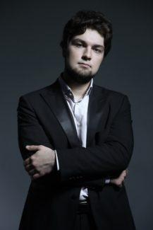 Лукас Генюшас