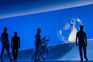 Майо взял за основу не дистиллированную балетную сказку, а оригинал Шарля Перро. Фото - Alice Blangero