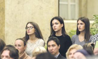 Зимний сад с трудом вместил всех желающих послушать лекцию.Фото - пресс-служба Московской филармонии