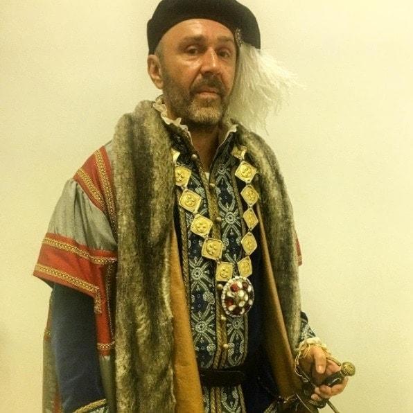 Сергей Шнуров в роли Бенвенуто Челлини. Фото - Инстаграм Сергея Шнурова