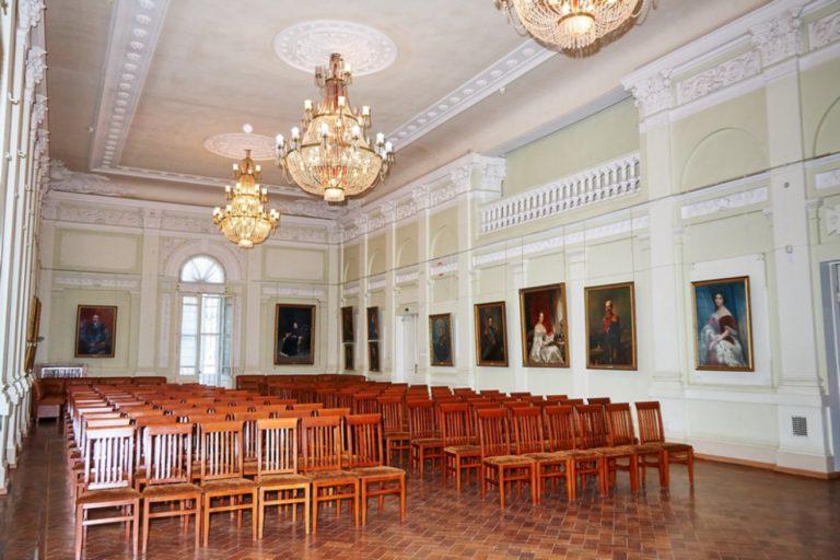 В Симферопольском художественном музее продолжаются концерты классической музыки