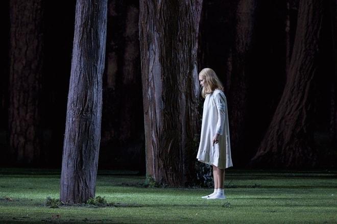 Аида Гарифуллина в заглавной роли в спектакле «Снегурочка» в парижской Опере Бастилии, 2017