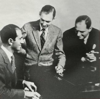 Трое соавторов