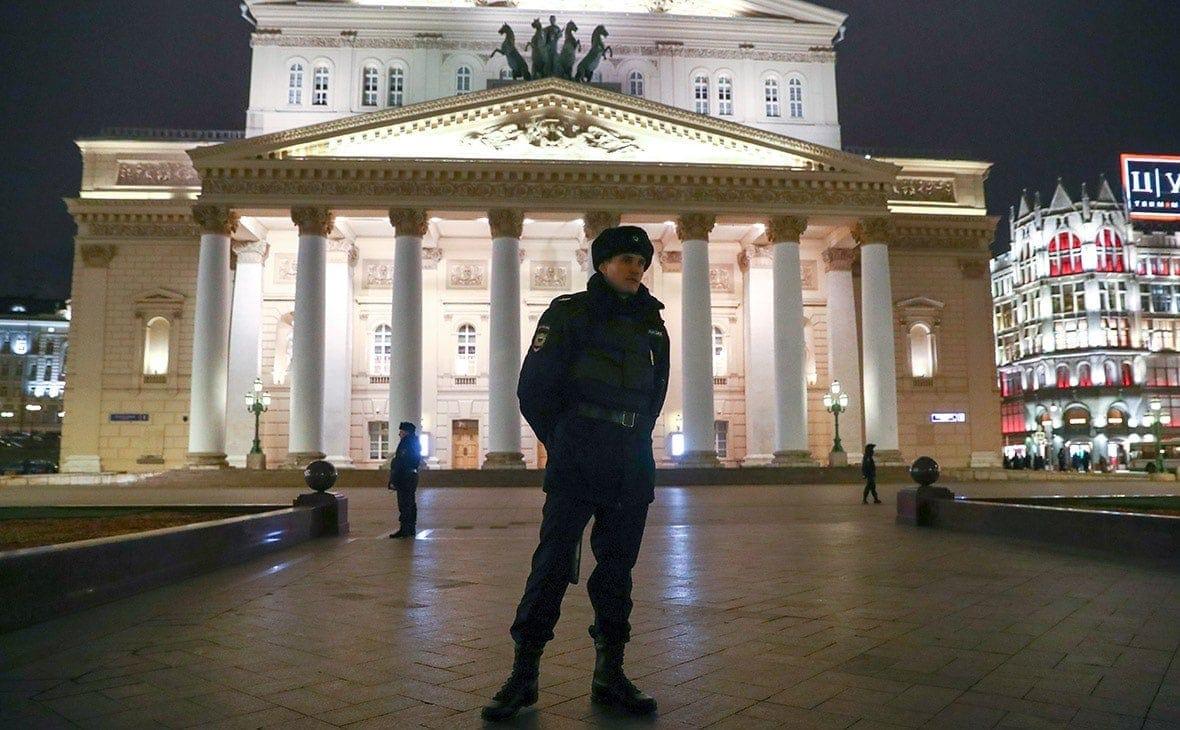 В Москве эвакуировали Большой театр