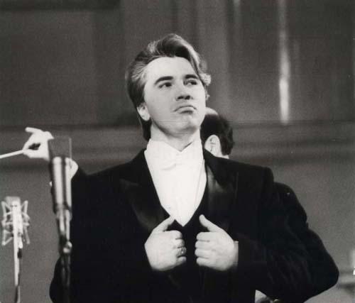 Дмитрий Хворостовский. 80-е годы, запись на радиостудии. Фото - hvorostovsky.su