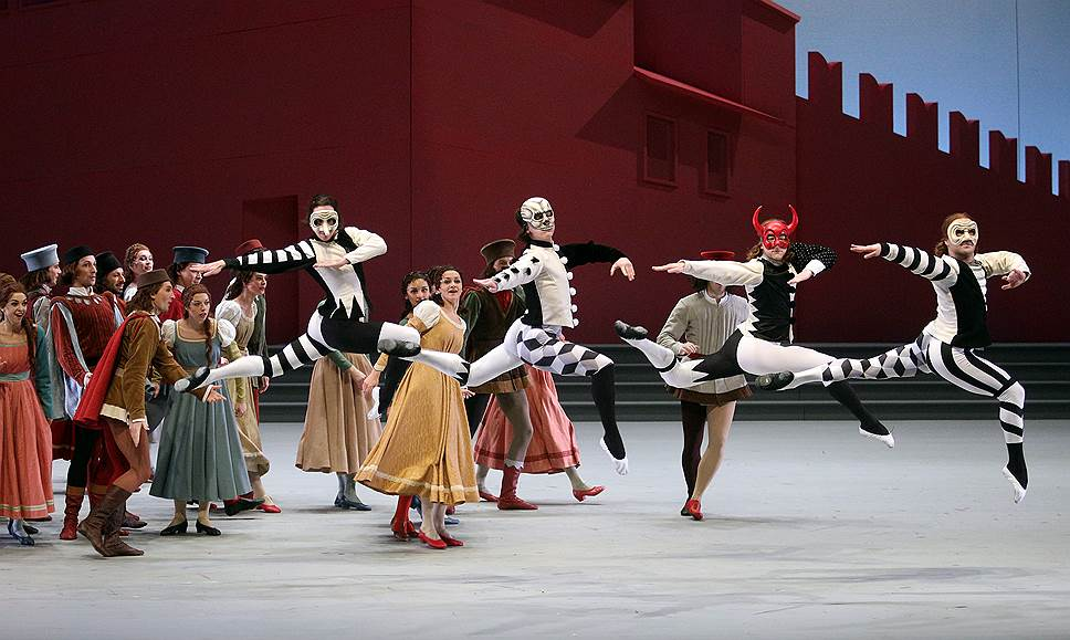 «Ромео и Джульетта» Прокофьева в постановке Алексея Ратманского. Фото - Елена Фетисова /Коммерсантъ