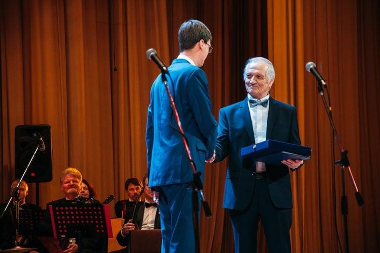 Заслуженному артисту России Евгению Федорову исполнилось 70 лет