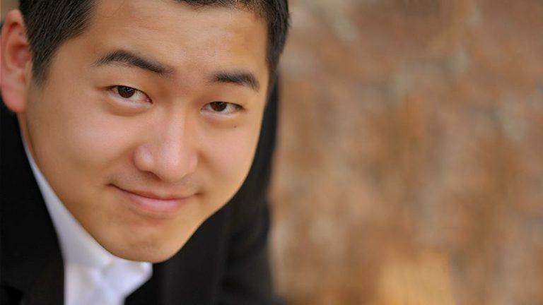 Канг Ванг: «Я вырос на записях Хворостовского и Нетребко»