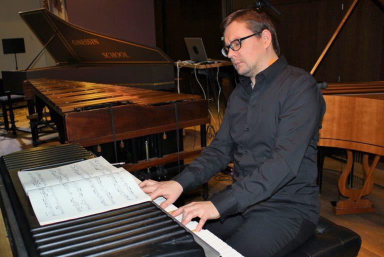 """Андрей Дойников: """"Когда я играю Баха, то чувствую: я – дома"""""""
