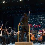 Раушан Якупов за пультом НСО РБ во время юбилейного концерта