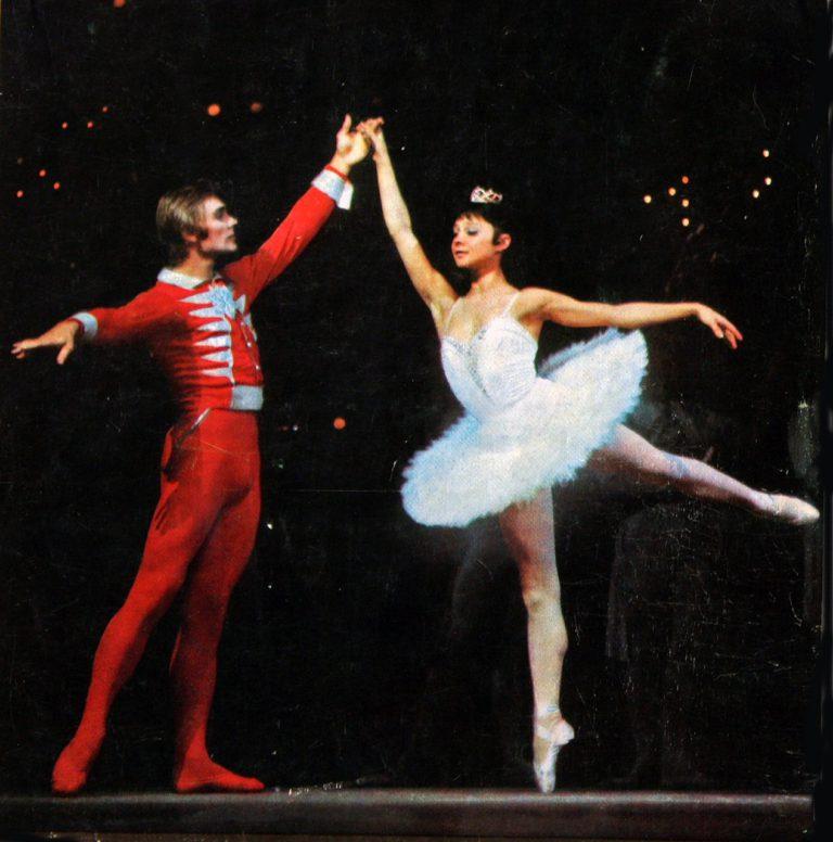 """125 лет балет """"Щелкунчик"""" покоряет сердца"""