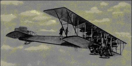 Самолет «Илья Муромец» И. Сикорского, ставший первым военным бомбардировщиком
