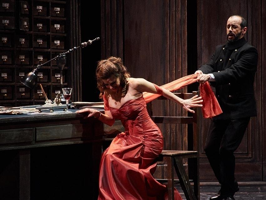 Звездная «Тоска» в Астраханском театре оперы и балета