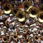 Специалисты рекомендуют приучать музыкантов к берушам с раннего детства.