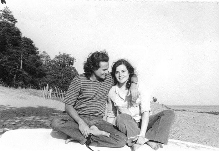 Валерий Арзуманов с будущей женой француженкой Катрин. Финский залив, Репино, около Дома композиторов, июнь 1973 г.