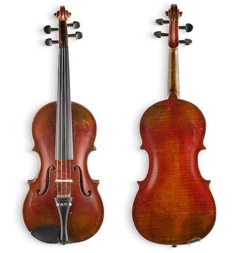 Скрипка Эйнштейна. Фото - bonhams.com