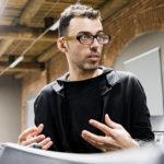 Дмитрий Курляндский: «Нужно снимать страх удара кирпичом в концертном зале»