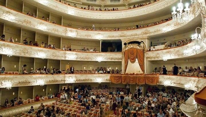 Зрительный зал Михайловского театра