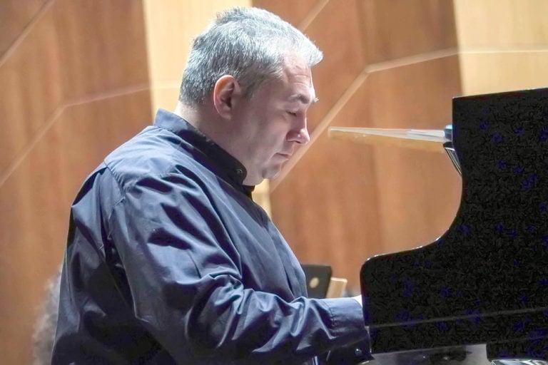 Вадим Руденко: «Играть на рояле не так уж сложно»