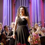 Стефани Д'Устрак: «Я имею возможность лавировать между музыкой разных эпох»