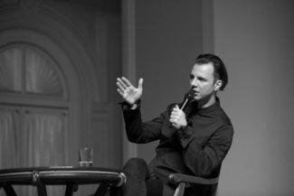 Теодор Курентзис в Рахманиновском зале Московской консерватории. Фото - Александра Муравьева