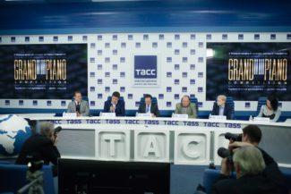 Денис Мацуев ответил на вопросы журналистов в пресс-центре ТАСС.