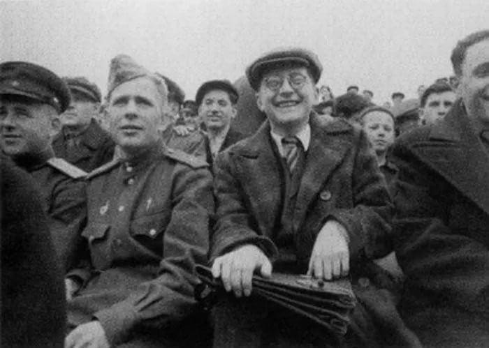 Дмитрий Шостакович на футбольном матче