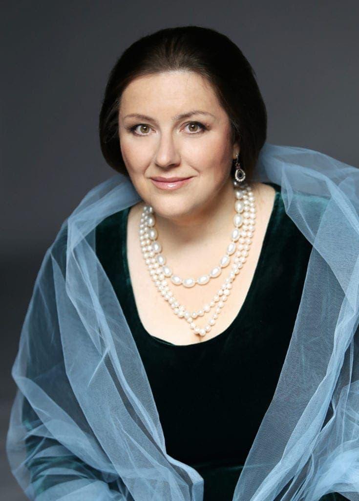 Яна Иванилова: «Вижу свое особое предназначение в том, чтобы петь русскую камерную музыку»