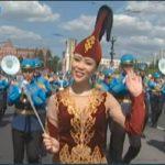 """Марш-парадом оркестров начался в Хабаровске фестиваль """"Амурские волны"""""""