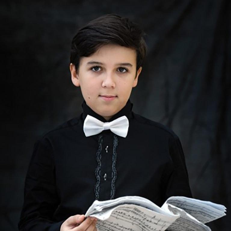 Егор Опарин: «Если бы у меня были бесконечные силы, я бы их отдал музыке…»