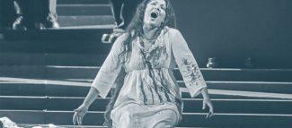 Анна Нетребко в опере «Лючия ди Ламмермур». Фото - Валентин Барановский