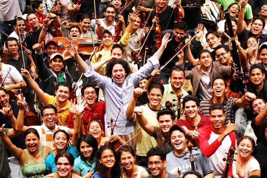 """Венесуэльская """"Cистема"""" живет и побеждает"""