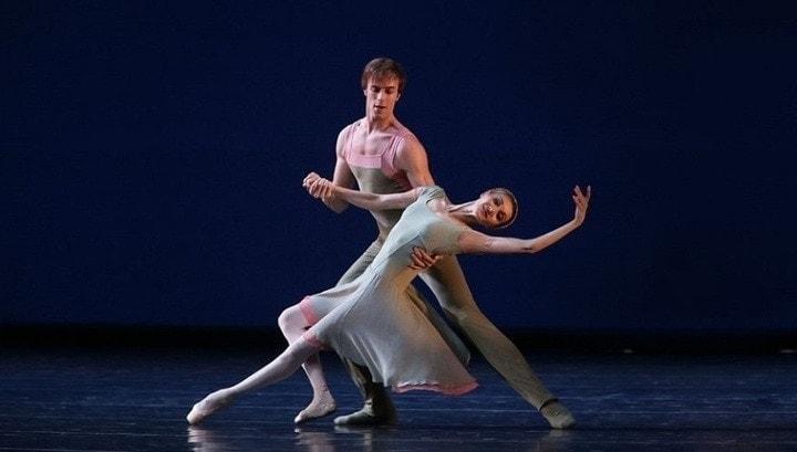 Ведущие солисты балетной труппы Мариинского театра выступят в Кузбассе