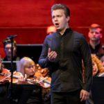 Борис Степанов выступает в финале 37-го Бельведерского конкурса. Фото - Ивар Кезберс