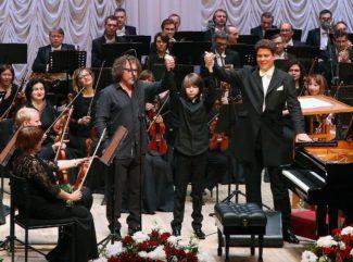 Андрей Иванов, Даниил Гулевич и Денис Мацуев. Фото - Георгий Ахадов